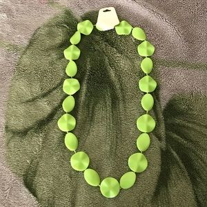 Jewelry - Beautiful green necklace